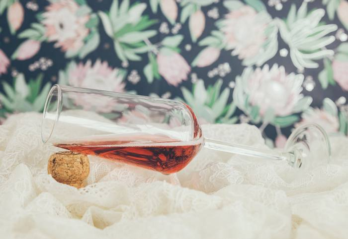 A glass of Verwood Estate Wines Sparkling Shiraz for your Anniversary